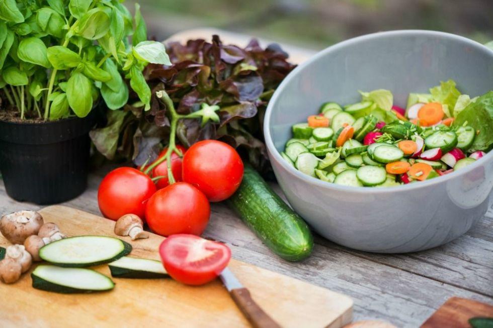 gallery-1451923979-healthy-food